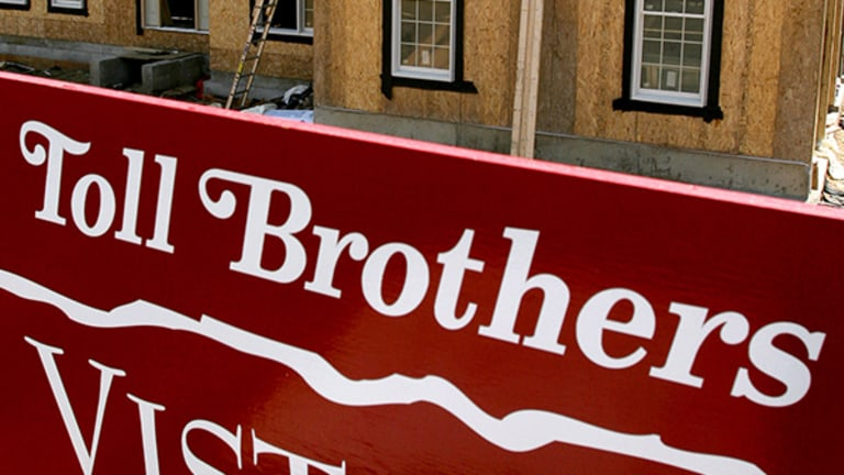 Toll Brothers Beats the Street on Earnings, Sees Home Prices Rising