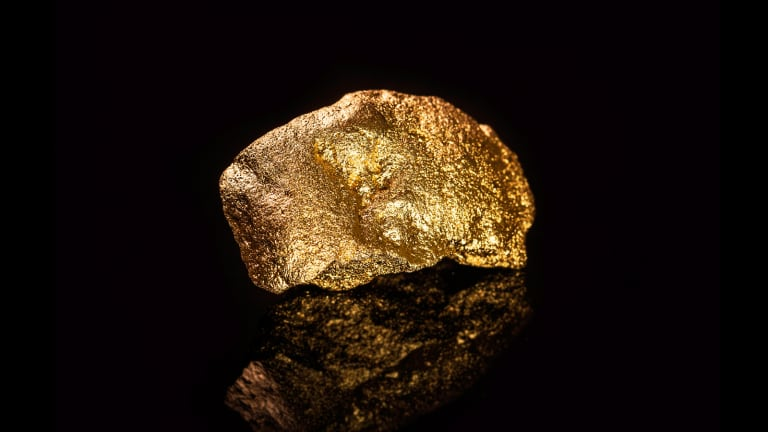 AngloGold Ashanti (AU) Stock Falls on Lower Gold Prices