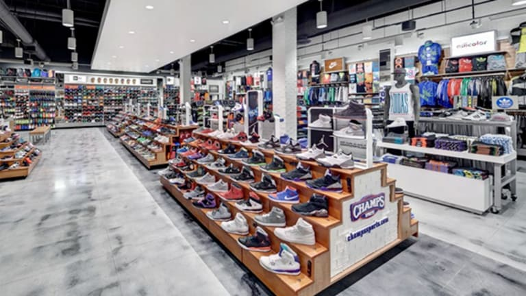 Foot Locker Transforming Its Stores as It Seeks to Keep Sales on Fire