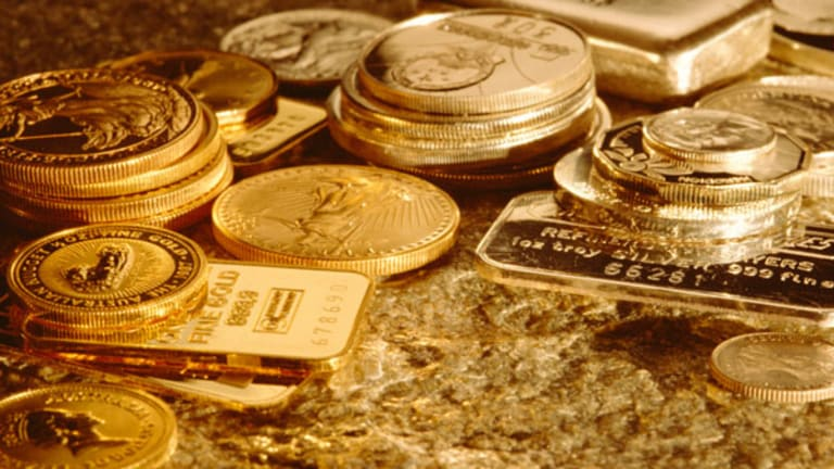 Gold Prices Climb on Comments From ECB's Draghi (Update 1)