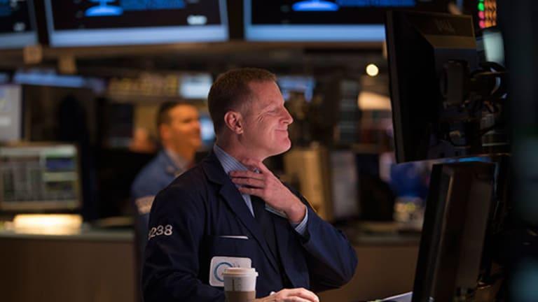 Stock Futures Weaken After Merck Earnings