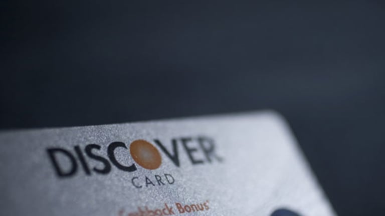 Investors Should Pick Discover Over Capital One: Credit Suisse