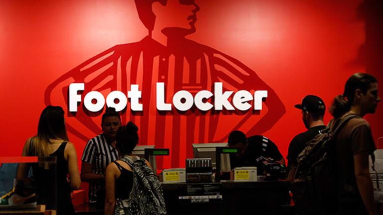 Foot Locker (FL) Scores in the Third Quarter