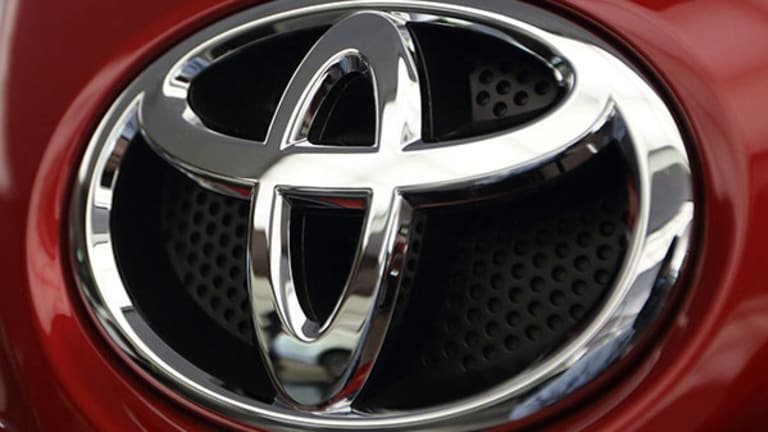 Toyota Is Replacing 700,000 Recalled Air Bags, Exec Says