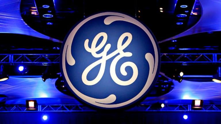 GE Beats Estimates, Revenue Falls (Update 2)