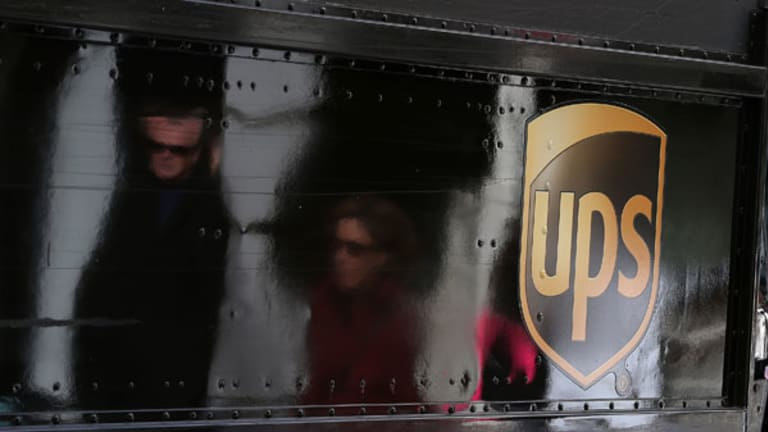 UPS Reports In-Line Results, Sees Higher Online Holiday Shopping