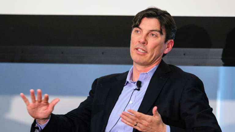 AOL Jumps on Patch Pullback, Gannet Falls, Pogue Says Goodbye: Media Roundup