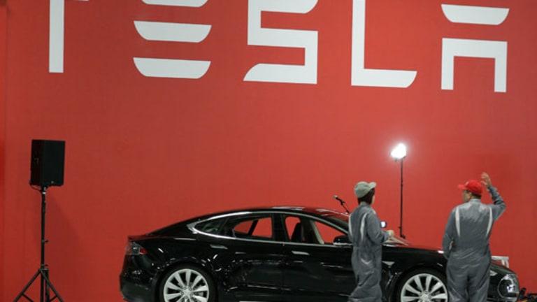 Tesla Pops on GM Rumor (Update 1)