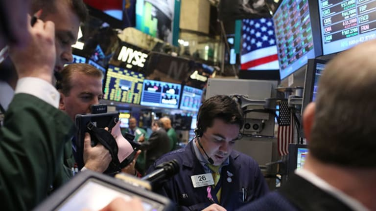 Stock Futures Rise Ahead of Fed as Apple Turns Positive