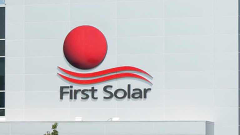 SolarCity, SunEdison, First Solar Are Sky-High but That Could End Tomorrow