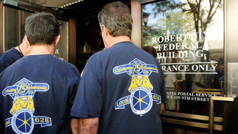 Teamsters Seek American Air Election With Outsourcing a Key Issue