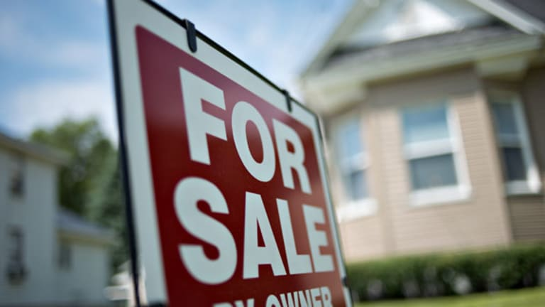 Pending Home Sales Drop 0.6% in October, Hurt by Government Shutdown