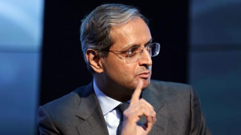 Vikram Pandit Buys Stake in Indian Firm