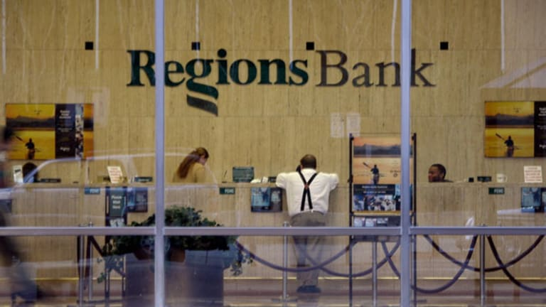 Forget EPS Miss: Regions Shows Strong C&I Loan Growth, Expanded Margin (Update 1)