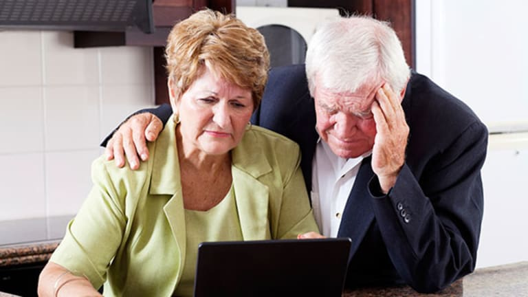 Americans Retiring Early, Then Running Out of Money