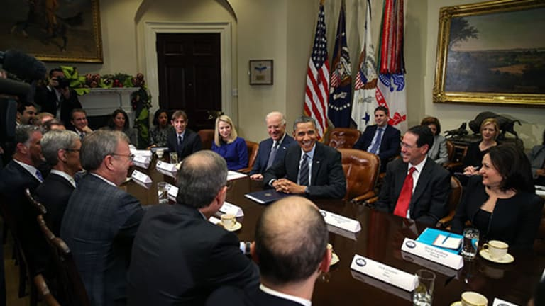 Tech Heads Confront White House 'Data Surveyors'