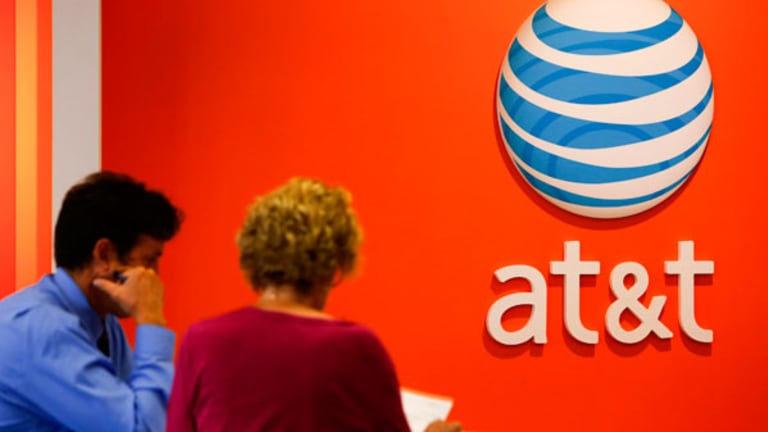 AT&T Gets Topline Beat, But Earnings Miss