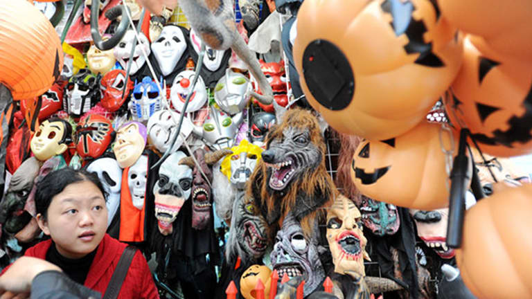 5 Halloween Myths That Cost Everyone Money