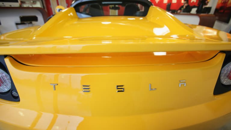 [video] Tesla's Blankenship Makes Surprising Exit as Automaker Weathers Probe