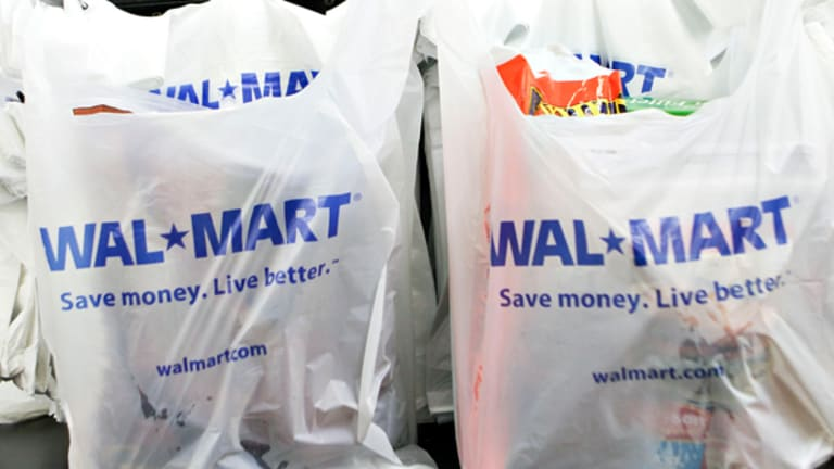 Walmart's Massive Earnings Warning Underscores 2 Big Concerns
