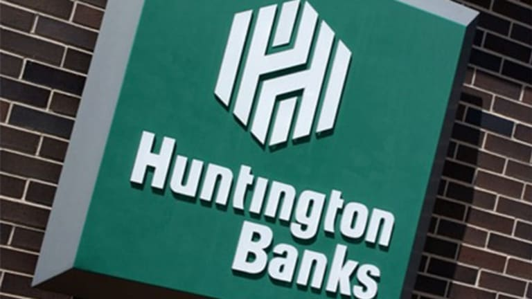 Huntington CEO Discusses Credit Card Play and 'Very Strong' Q3 (Update 1)