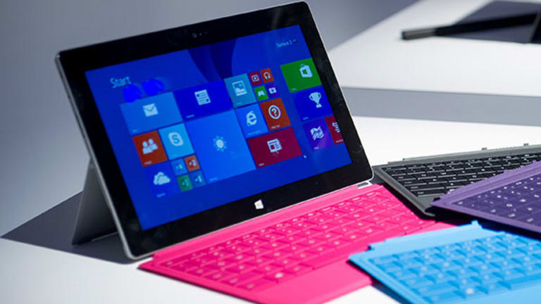 Microsoft Surface Tablets Now In Use On NFL Sidelines