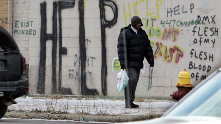Detroit Municipal Bondholders Won't Win If Pensioners Lose
