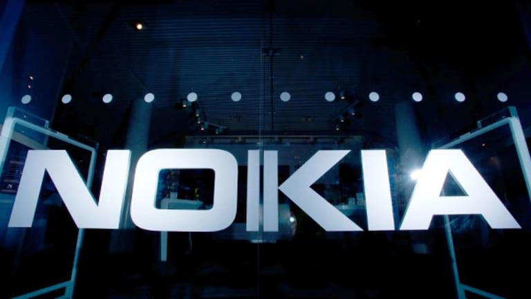 Nokia Shares Plunge After Networks Sales Decline