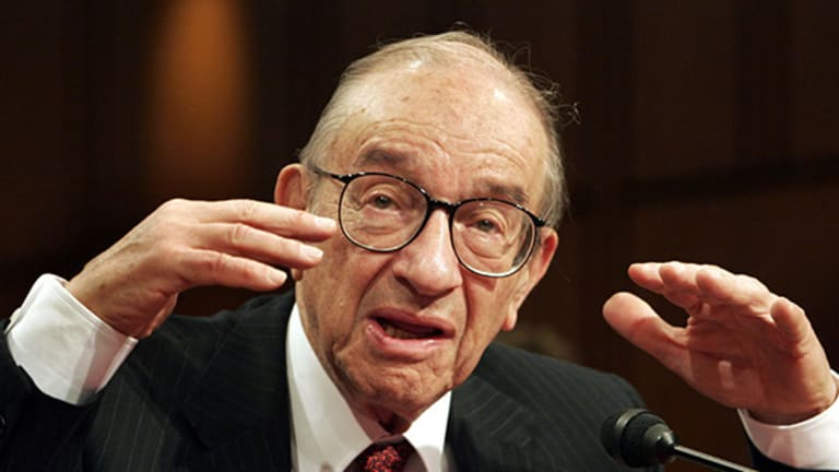 U.S. Can't Afford Trump's $1 Trillion Infrastructure Spending Plan, Alan Greenspan Says