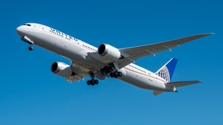 What's Next for Boeing's Dreamliner: Will the 787-9 Supersede the 787-8?