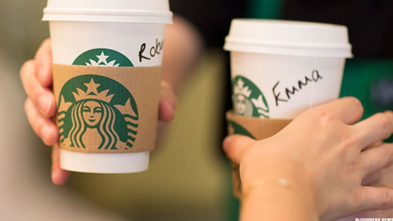Starbucks Should Continue to Benefit from Strength in Consumer Spending