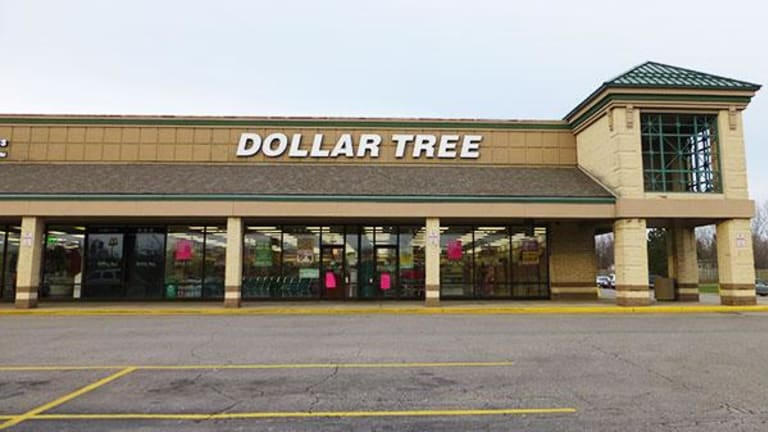 Dollar Tree Shares Fall 7% in Premarket on Lower Sales Outlook