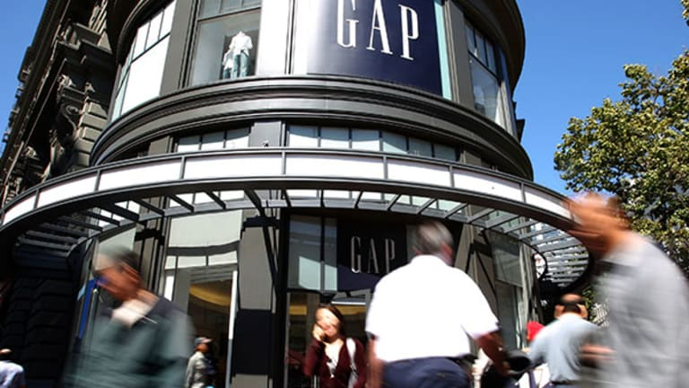 Gap (GPS) Stock Fluctuates in After-Hours on Q2 Beat, Downbeat Outlook