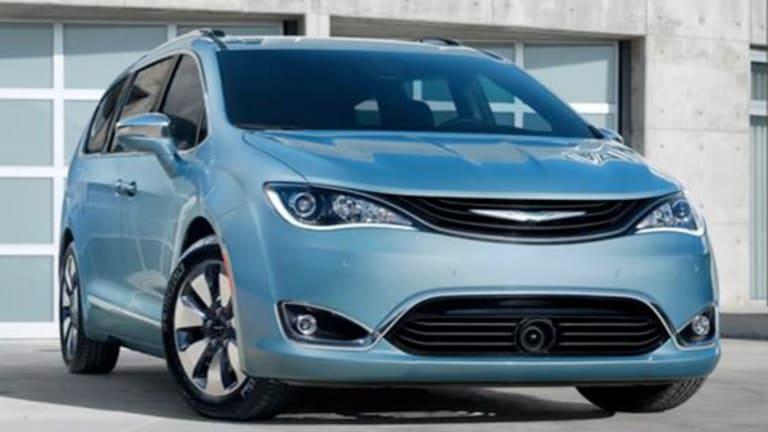 Fiat Chrysler Lifts Full-Year Profit Forecast as Quarterly Profit Jumps 25%