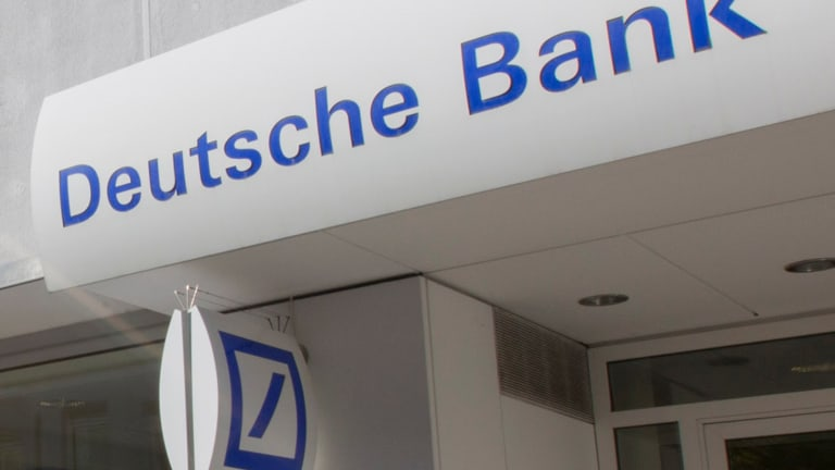 Deutsche Bank's Cryan Moots More Drastic Restructuring as Profit Falls 98%