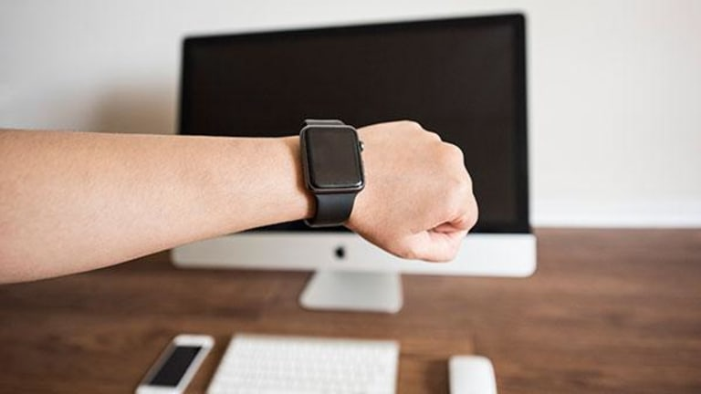 Will Apple (AAPL) Stock Be Hurt by Negative IDC Smartwatch Data?
