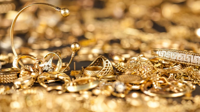 Newmont Mining (NEM) Stock Declines on Lower Gold Prices