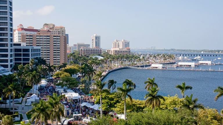 Here's Why It's a Good Time for Canadians to Invest in Florida Real Estate