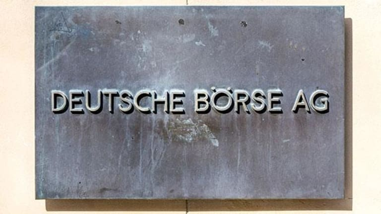 LSE and Deutsche Boerse Shares Fall Sharply as Merger Nears Collapse