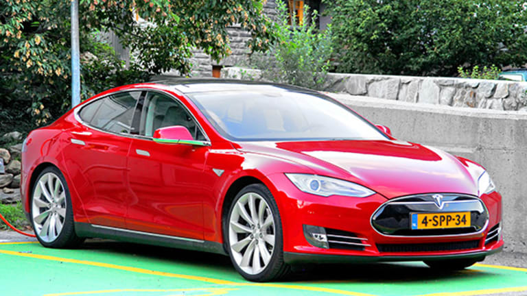 Tesla (TSLA) Stock Falls in After-Hours Trading on Model S Investigation