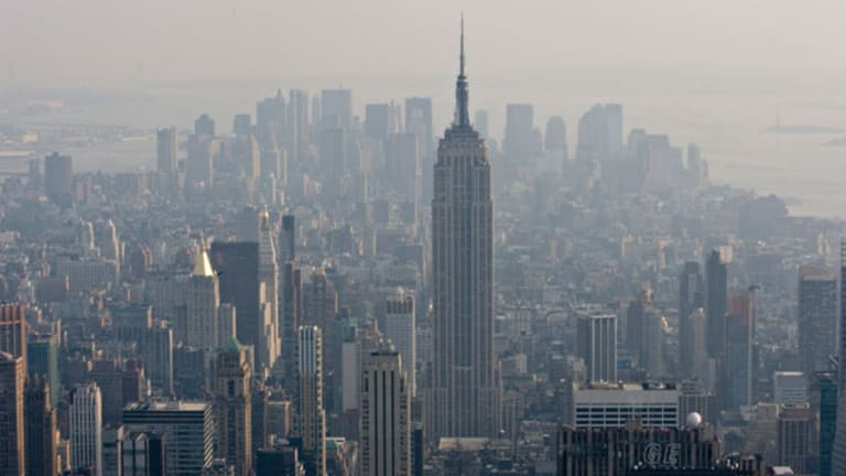 Manhattan Real Estate Prices Fall 20% in Q3