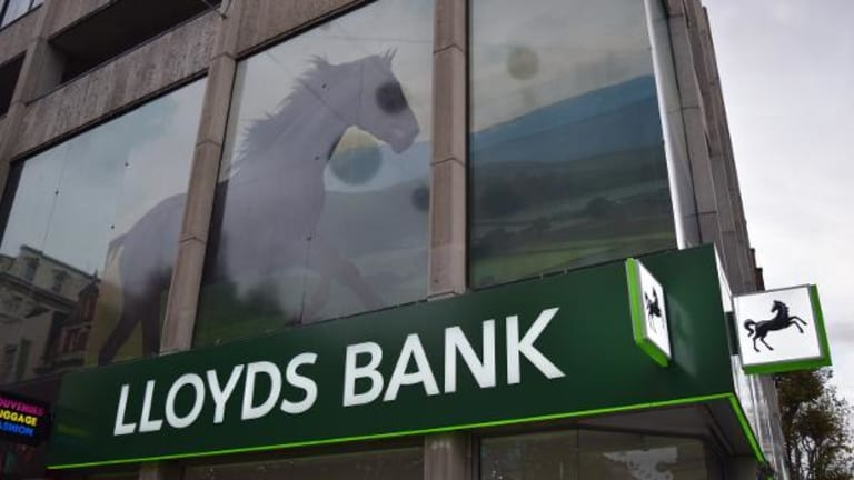 Lloyds to Buy MBNA Credit Card Business From Bank of America