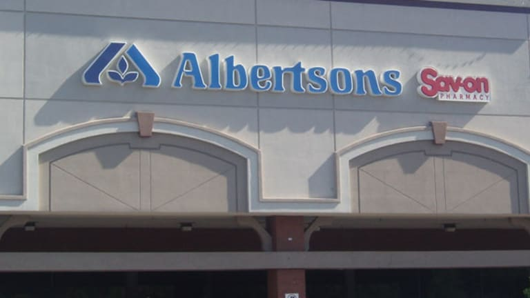 Albertsons to 'Spend Lots of Money' Rolling Out Home Delivery to Compete With Amazon