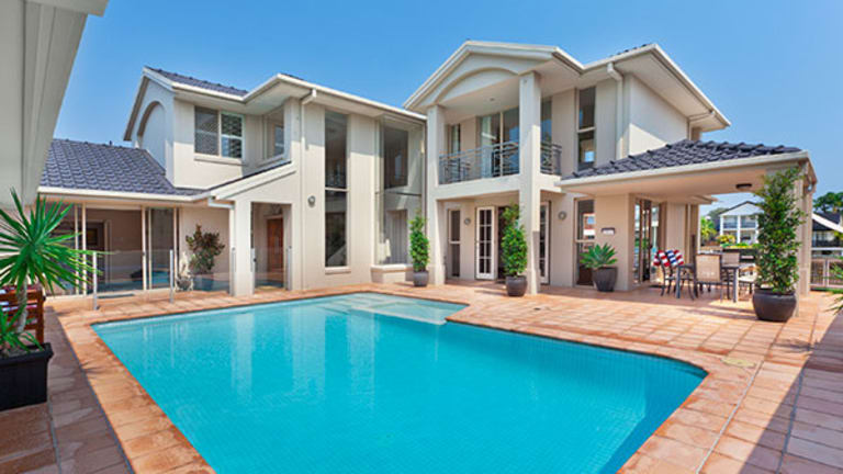 Outdoor Oasis: How to Choose the Perfect Pool for Your Home