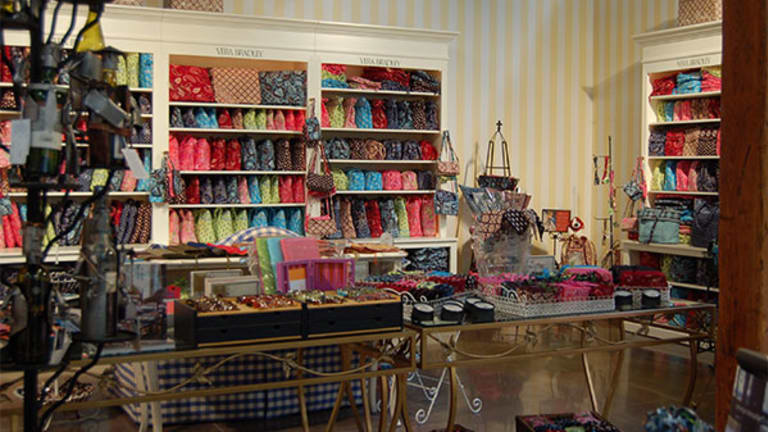 What to Look For When Vera Bradley (VRA) Reports Q1 Results