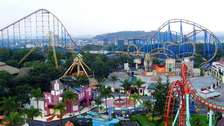 Six Flags, Cara Therapeutics, Hertz Global Holdings: 'Mad Money' Lightning Round