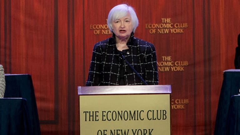 Why Janet Yellen Has to Keep Rates at Zero