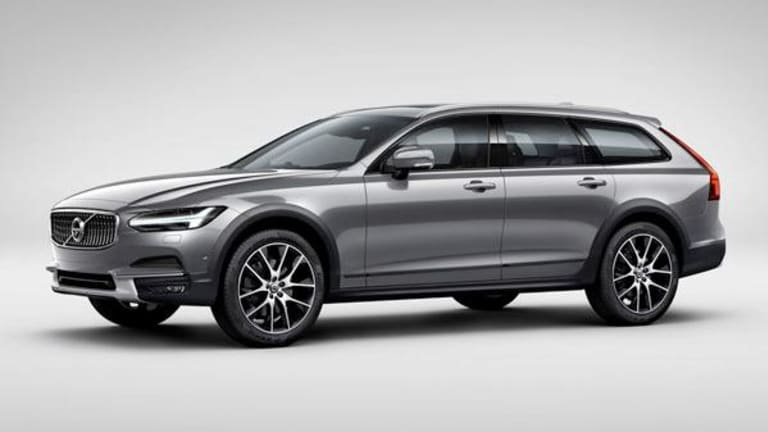 Hoping U.S. Carbuyers Will Again Consider Station Wagons, Volvo Unveils V90 Cross Country