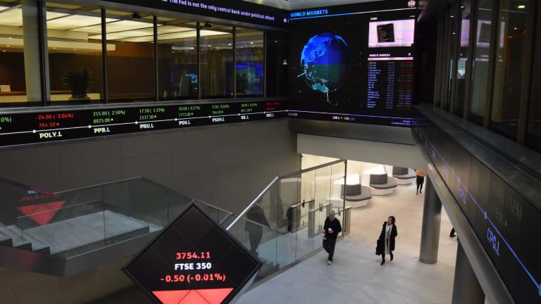 European Stocks Slip as Investors Stay Cautious Ahead of U.S. Jobs Report