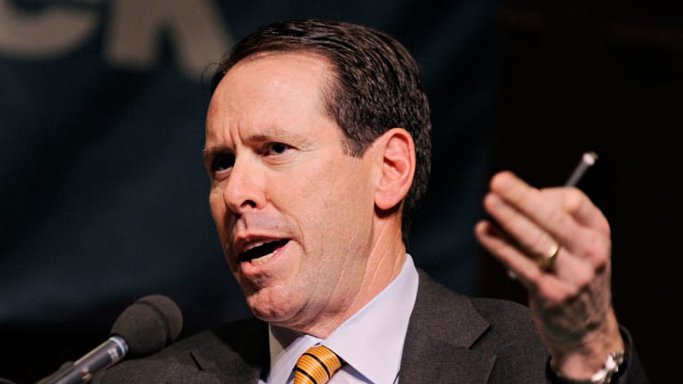 AT&T's Earnings Call to Shed Light on Cord Cutting, Status of Time Warner Deal